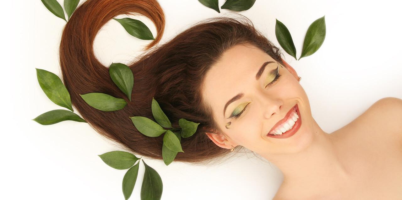 Prodotti selezionati per la cura dei capelli, Antica Farmacia Chiti Pistoia, specializzati in prodotti per il benessere della persona.