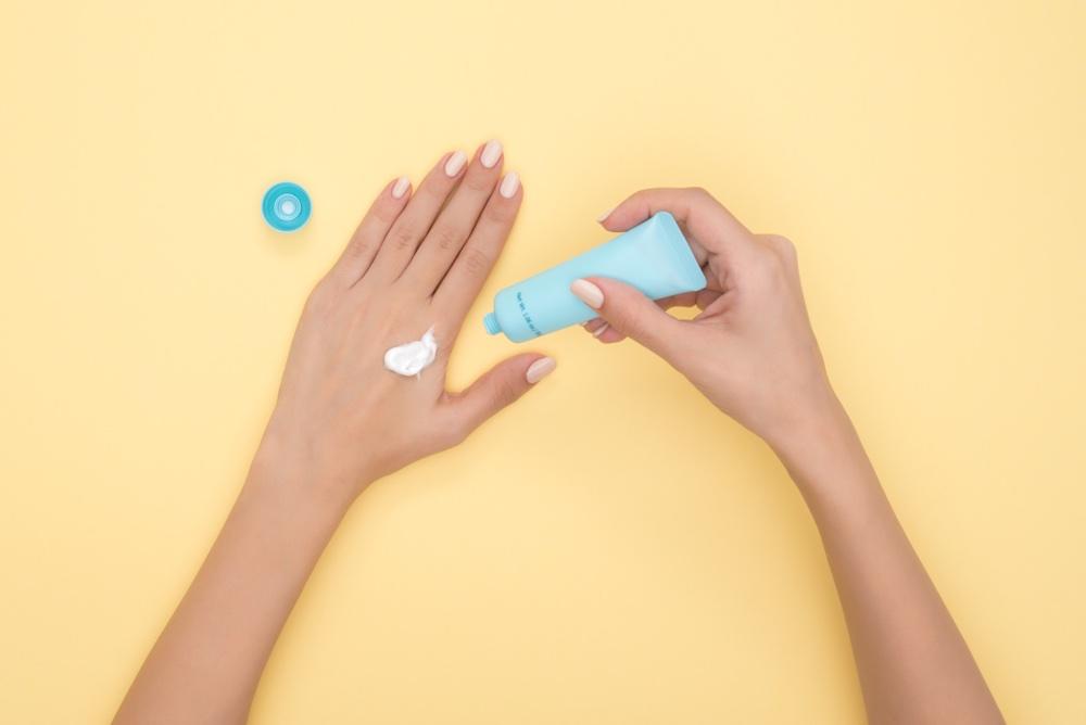 Prodotti di dermocosmesi per la cura pelle e corpo, Antica Farmacia Chiti Pistoia, specializzati in prodotti per il benessere della persona.