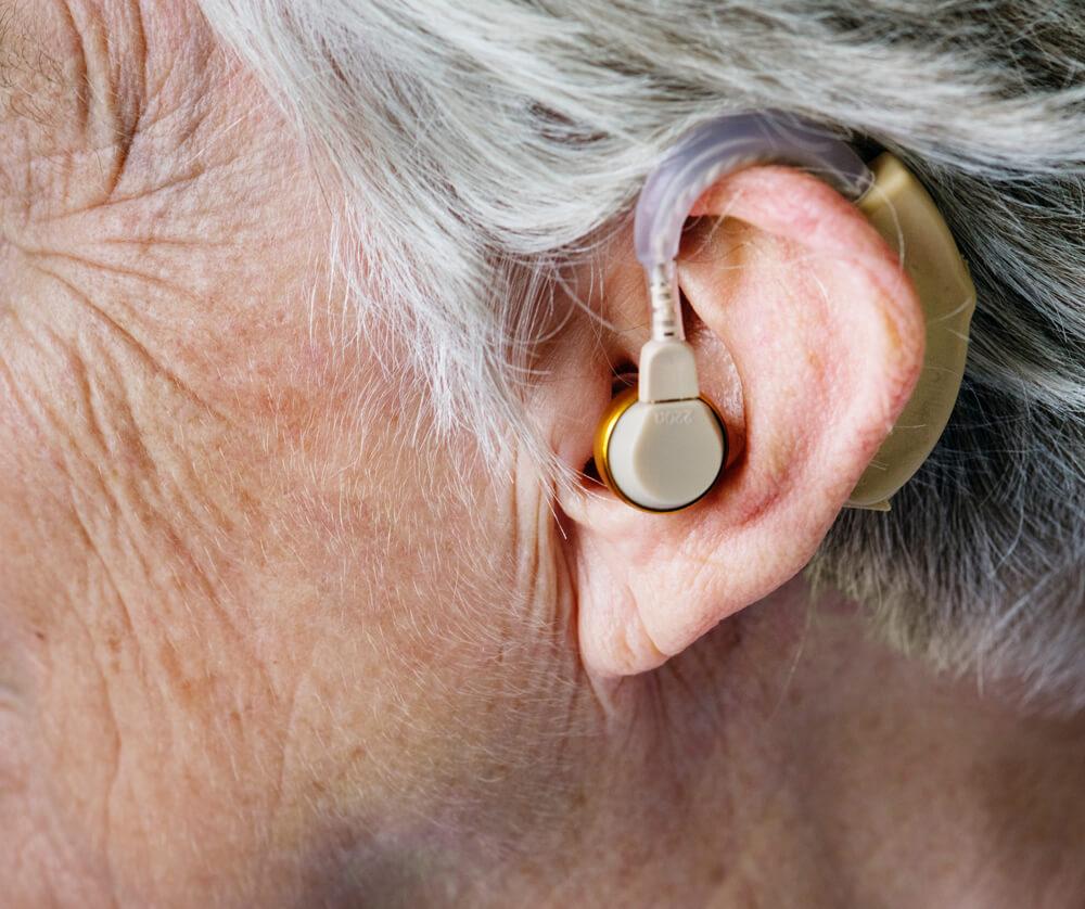 Controllo/test gratuito dell'udito a Pistoia