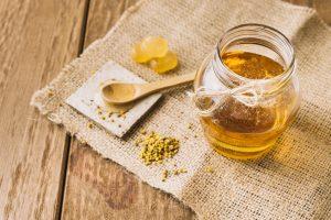 Miele-polline-propoli-e-api-per-la-nostra-salute